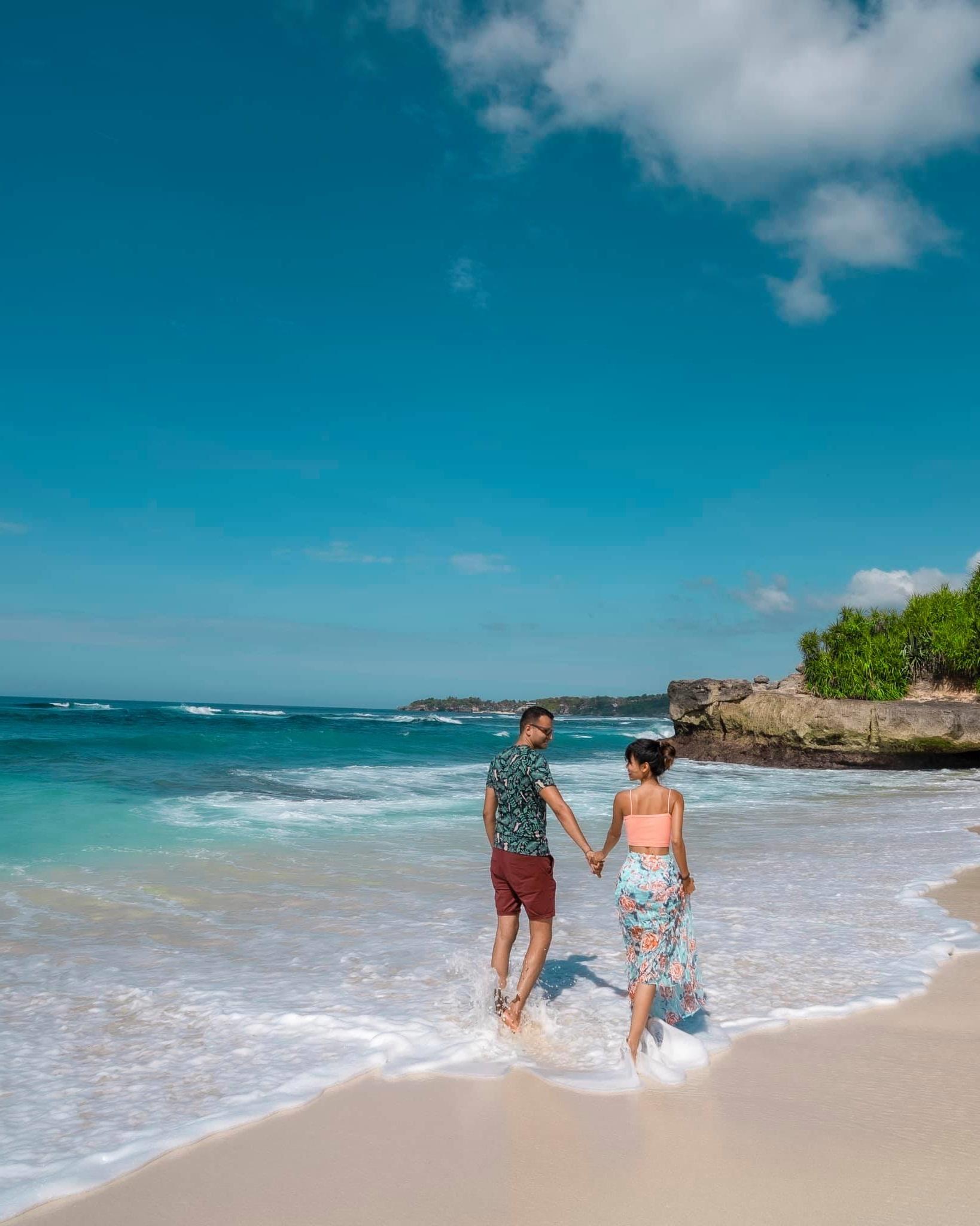 Sang đoàn tụ cùng bạn trai, cô gái đã có 9 tháng khám phá Bali