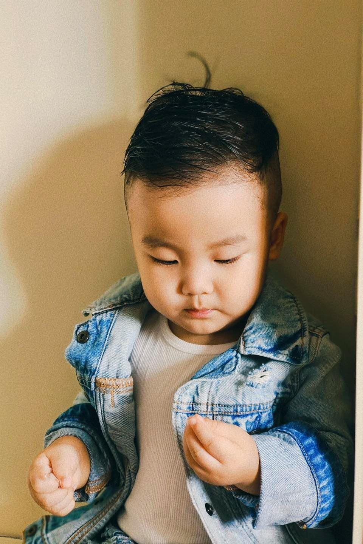 gu thời trang của con trai Hòa Minzy