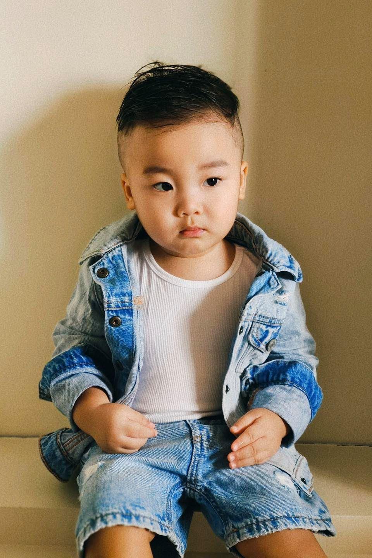 Phong cách mới cực chất của bé Bo