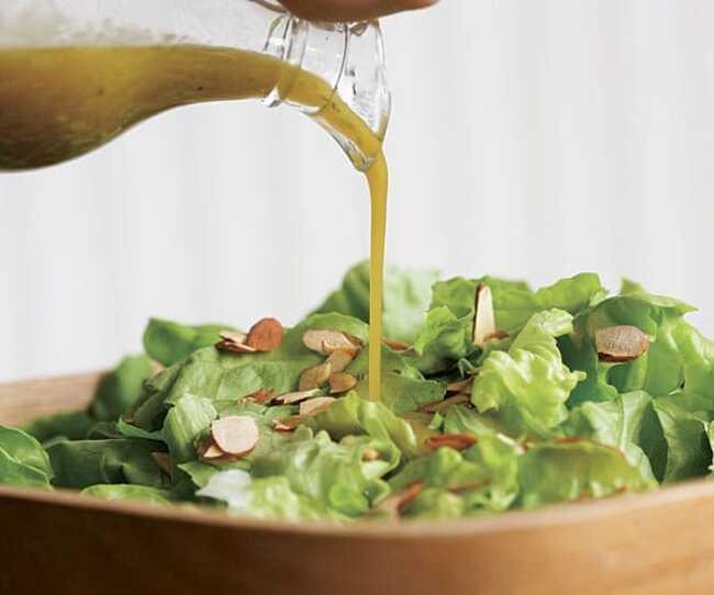 Công thức sốt dầu dấm cho salad