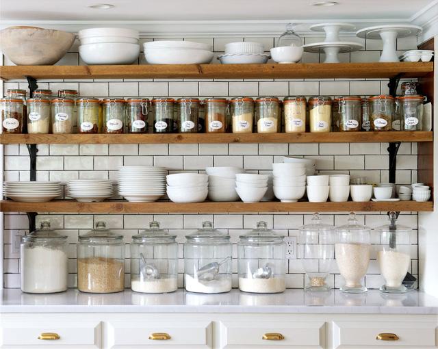 phòng bếp không dùng tủ bếp
