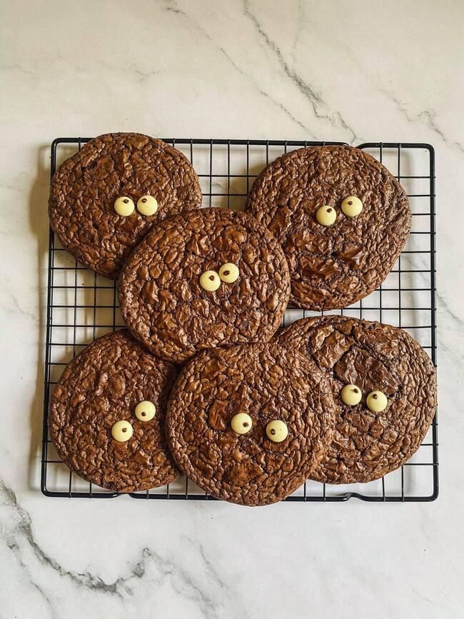 Bánh quy Brownie quái vật hot hit dễ làm tại nhà