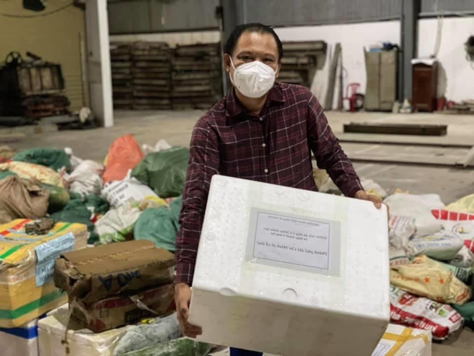 mạnh thường quân chi tiền 2 chuyến bay đưa 380 bà con Quảng Nam về quê tránh dịch
