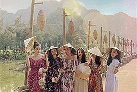Rong chơi xứ sở của các loài chim tại vườn chim Thung Nham Ninh Bình