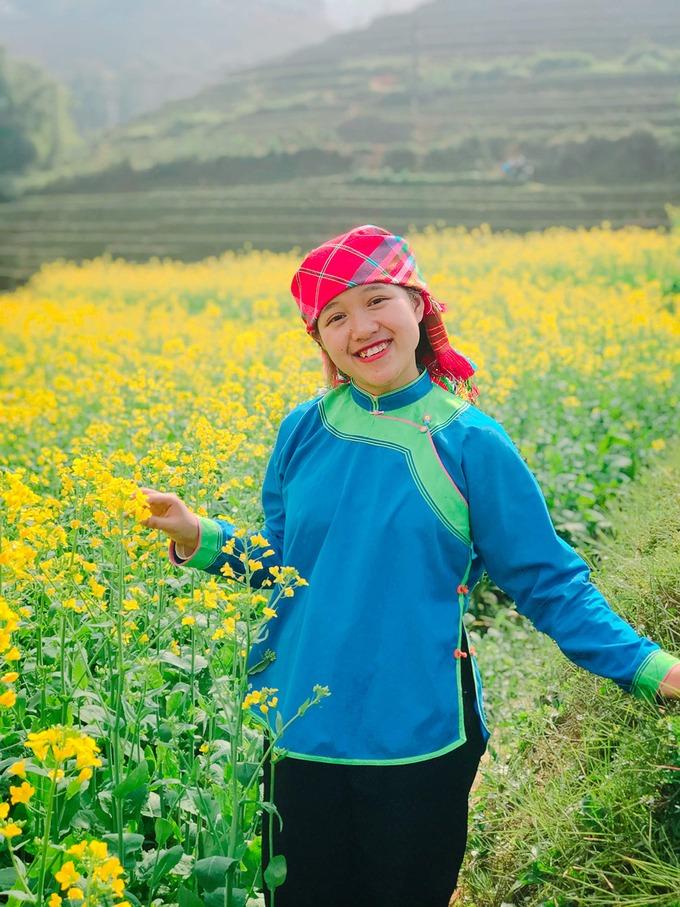 cô gái dân tộc Giáy mở tour online đưa hàng nghìn người du lịch Sa Pa