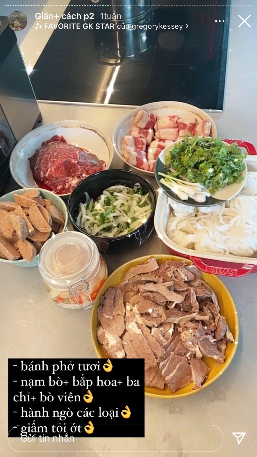 Tóc Tiên hóa Master Chef mùa dịch, vỗ béo Hoàng Touliver