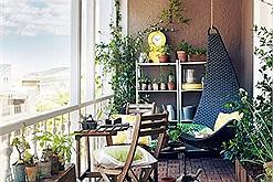 Ý tưởng décor trang trí ban công cực chill đúng chuẩn không gian café