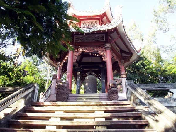khám phá chùa Long Sơn - Khánh Hòa