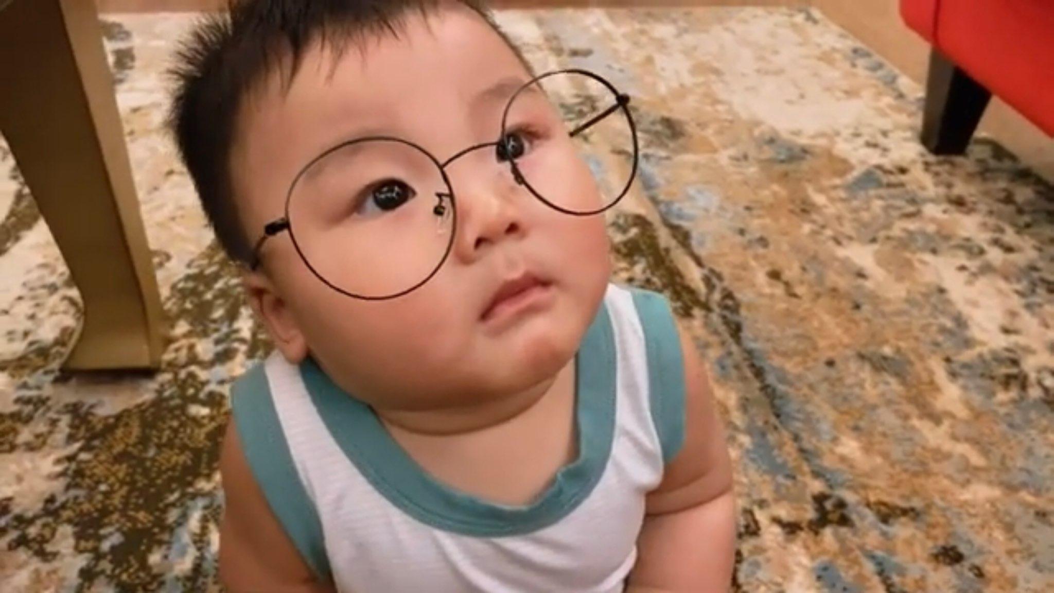 hình ảnh đáng yêu của bé Bo