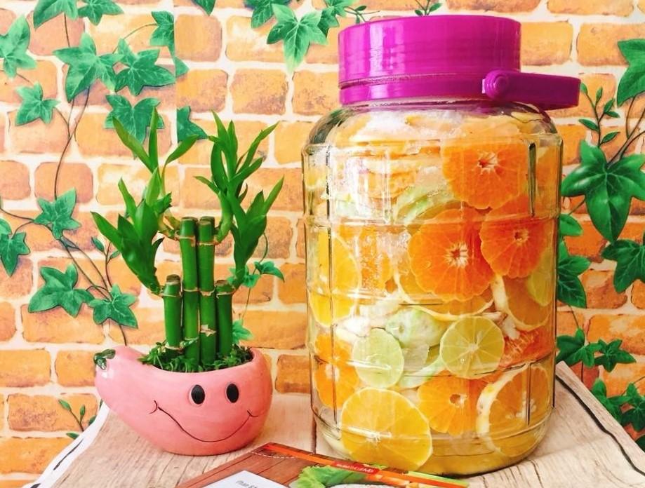Tự tay làm một bình rượu trái cây vừa an toàn vừa bổ dưỡng ngay tại nhà