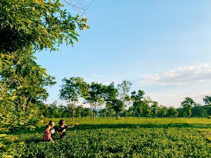 Hành trình đi khắp Việt Nam của gia đình 3 thế hệ: 18 ngày, 40 tỉnh thành, 5000km