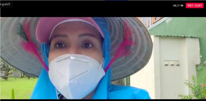 livestream của Việt Hương