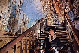 """Lật màn bức tranh hang động tráng lệ nhất châu Á, ngắm nhìn động Thiên Đường - """"hoàng cung trong lòng đất"""" tại Quảng Bình"""