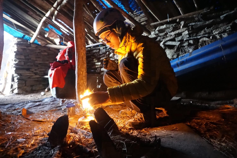 Kẹt ở Nepal do dịch Covid-19, 9x Việt đã chinh phục các đỉnh núi Himalaya, có đỉnh cao hơn 6000m