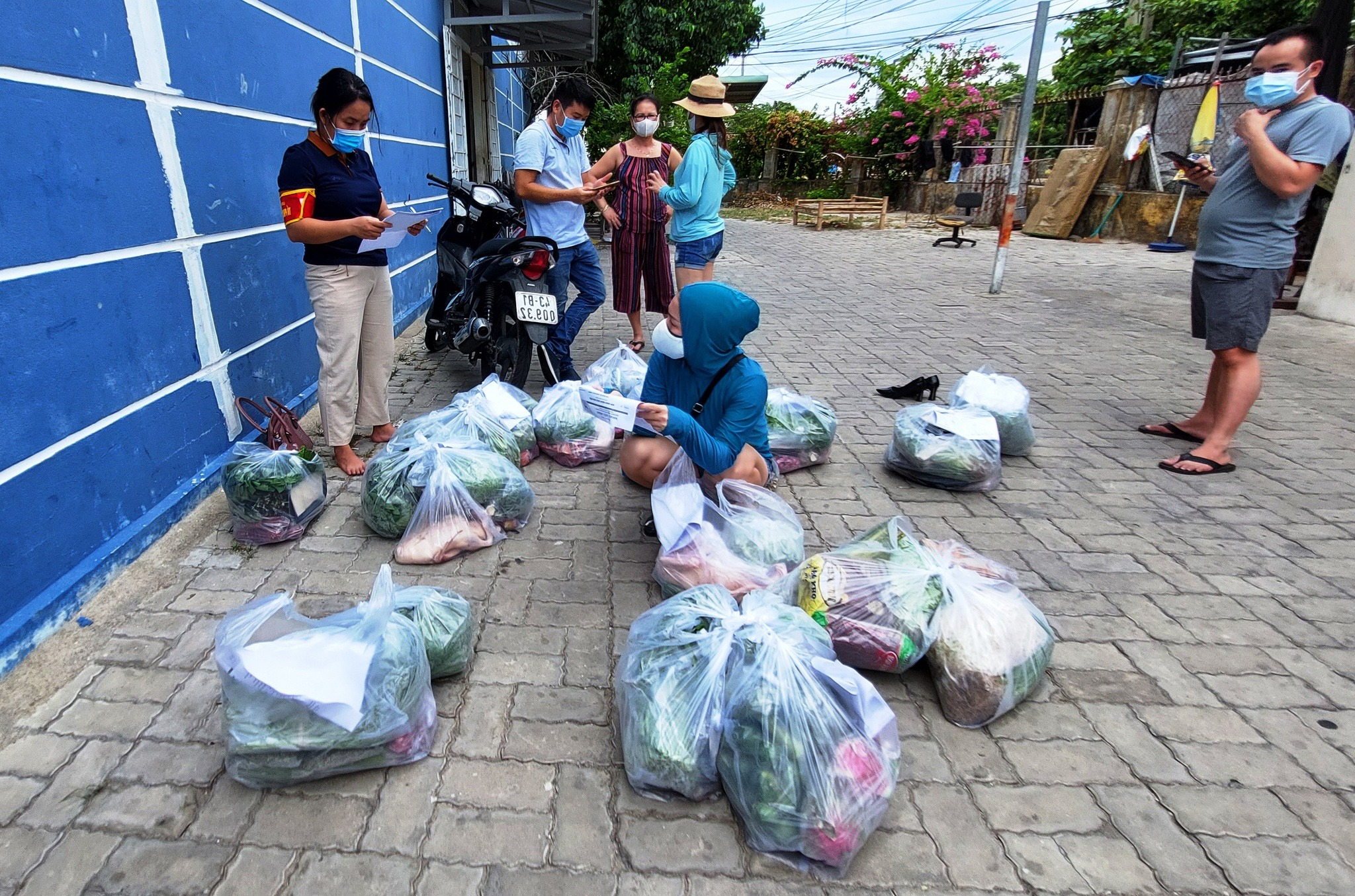 Thành phố phong tỏa, người dân Đà Nẵng đặt mua qua phần mềm Đăng ký thực phẩm