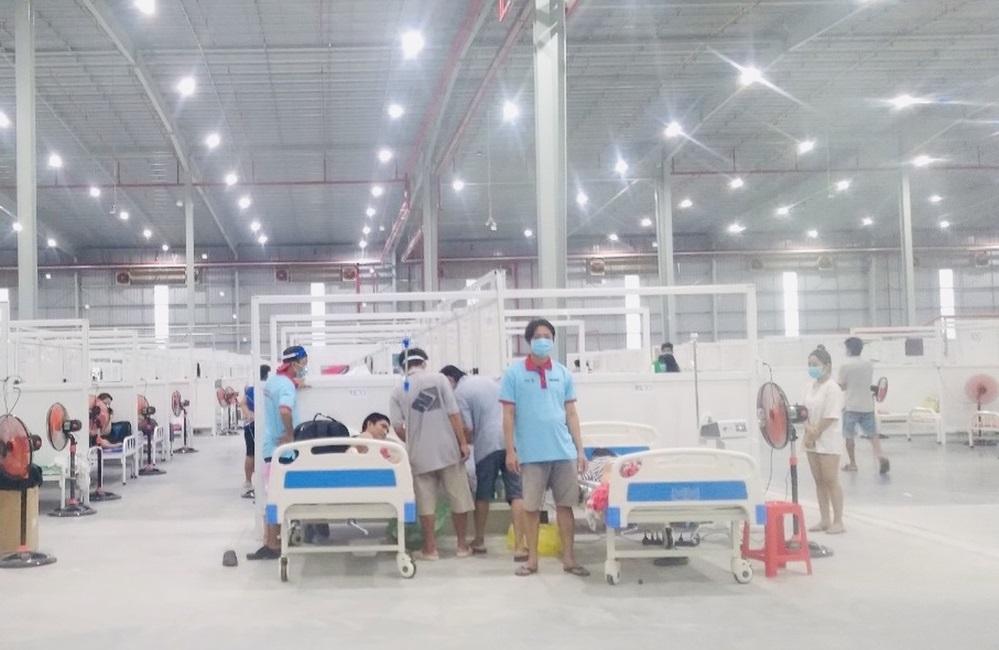 Nhiều F0 tình nguyện ở lại giúp đỡ các ca bệnh nặng tại Bệnh viện dã chiến Bình Dương