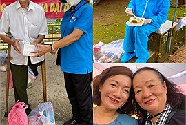 Khi tuổi tác chỉ là một con số: Chiến binh áo xanh 71 tuổi vẫn gõ cửa từng nhà xin từng suất quà tiếp ứng cho vùng dịch