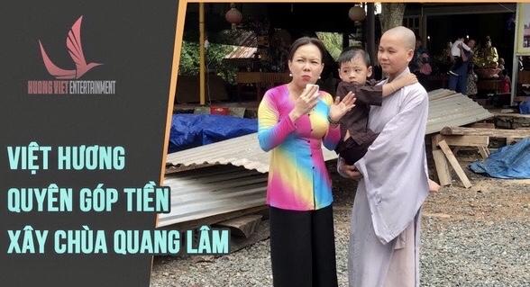 Việt Hương quyên góp tiền xây dựng chùa Quang Lâm