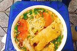 Hội nghiện ăn đêm đang chờ từng ngày để được quay lại những quán ăn đêm Hà Nội ngon bất hủ