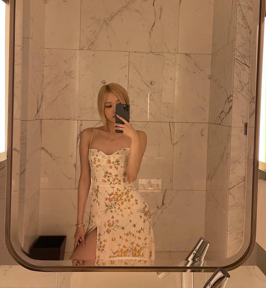 Rosé Black pink ở khách sạn mấy trăm triệu một đêm