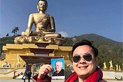 Tình cờ xem được Ipad của bố, chàng trai quyết định đưa di ảnh bố du lịch khắp miền đất Phật Bhutan