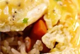 Bí quyết làm Cơm cuộn trứng Omurice hình lốc xoáy bao đẹp đẳng cấp food TikToker