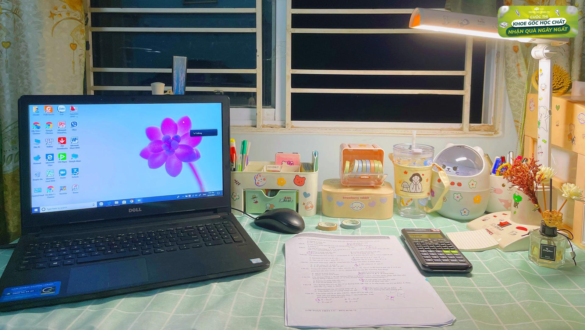 bàn học gần cửa sổ luôn được gen Z lựa chọn