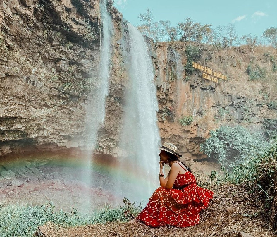 thác nước tại Thác Phú Cường
