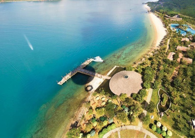 khách có thẻ xanh được du lịch Nha Trang trong tháng 11