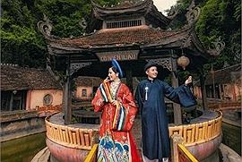 """Cặp đôi chụp ảnh cưới kiểu cung đình ở Ninh Bình: tưởng chia tay rồi lại cưới, cô dâu tiết lộ chủ động """"cọc đi tìm trâu"""""""