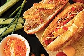 Dân vùng khác bảo người Hà Nội ăn bánh mì 'chất như nước cất' khi phát minh ra bánh mì nem khoai và bánh mì dân tổ