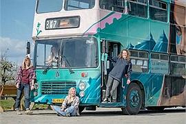 Không gì là không thể: 4 cô gái không biết về xe cộ, xây dựng cùng nhau tạo nên một chiếc mobihome để đi khắp thế gian