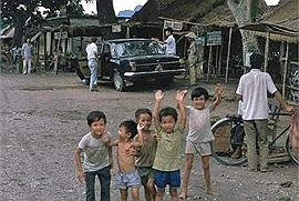 """Một Ninh Bình thời """"chưa biết đến du lịch"""" - cuộc sống đời thường mộc mạc và hoang sơ năm 1991"""